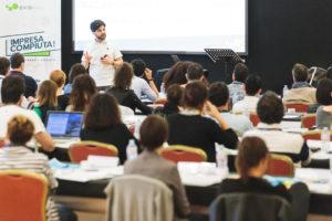 Mental Coaching Sportivo e Business Coach presso un corso in aula di Ekis: come migliorare i propri risultati, migliorare la concentrazione e migliorare la propria vita