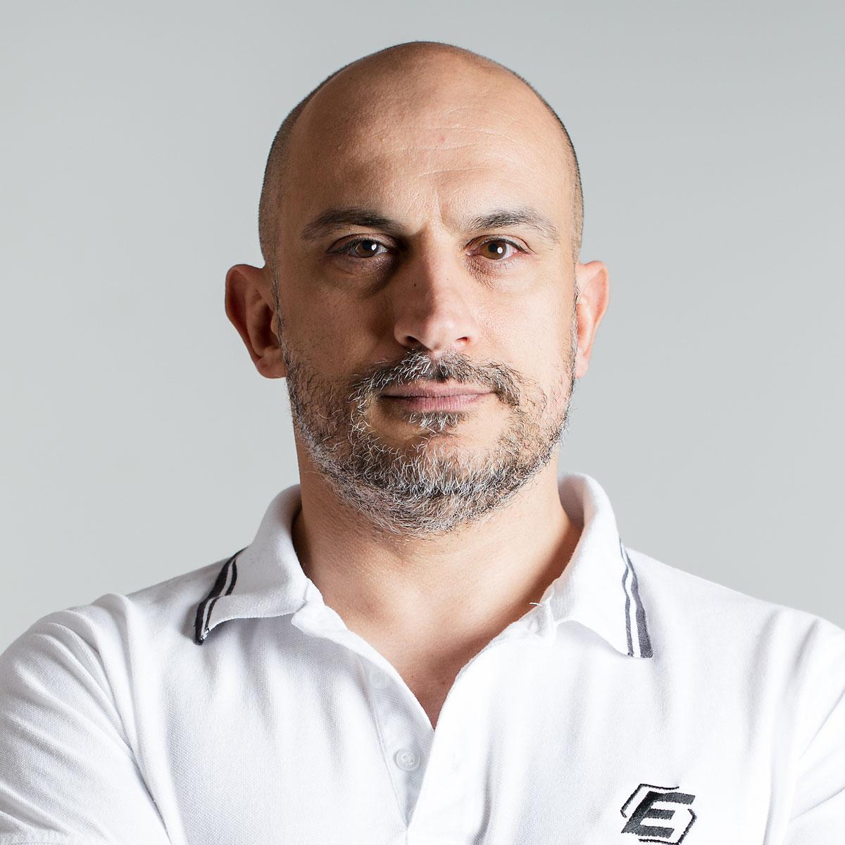 Emiliano Flisi è Business Coach e Coach Sportivo presso Ekis: se stai cercando un mental coach sei nel posto giusto per scoprire come migliorare la concentrazione.