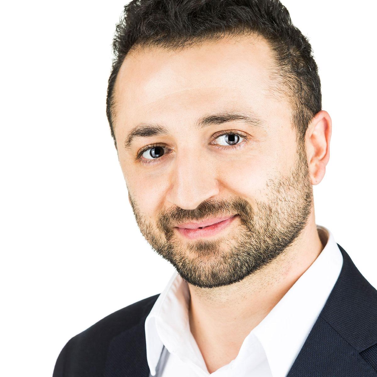 Federico Ghironi è Dental Business Coach presso Ekis: se stai cercando un mental coach sei nel posto giusto per scoprire come migliorare la concentrazione e migliorare la propria vita.