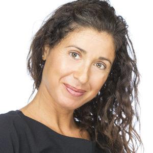 Veronica Olivari responsabile commerciale presso Ekis: la prima scuola di coaching ita liana. Come diventare coach sportivo, life coach, business coach e mental coach. Come migliorare la concentrazione.