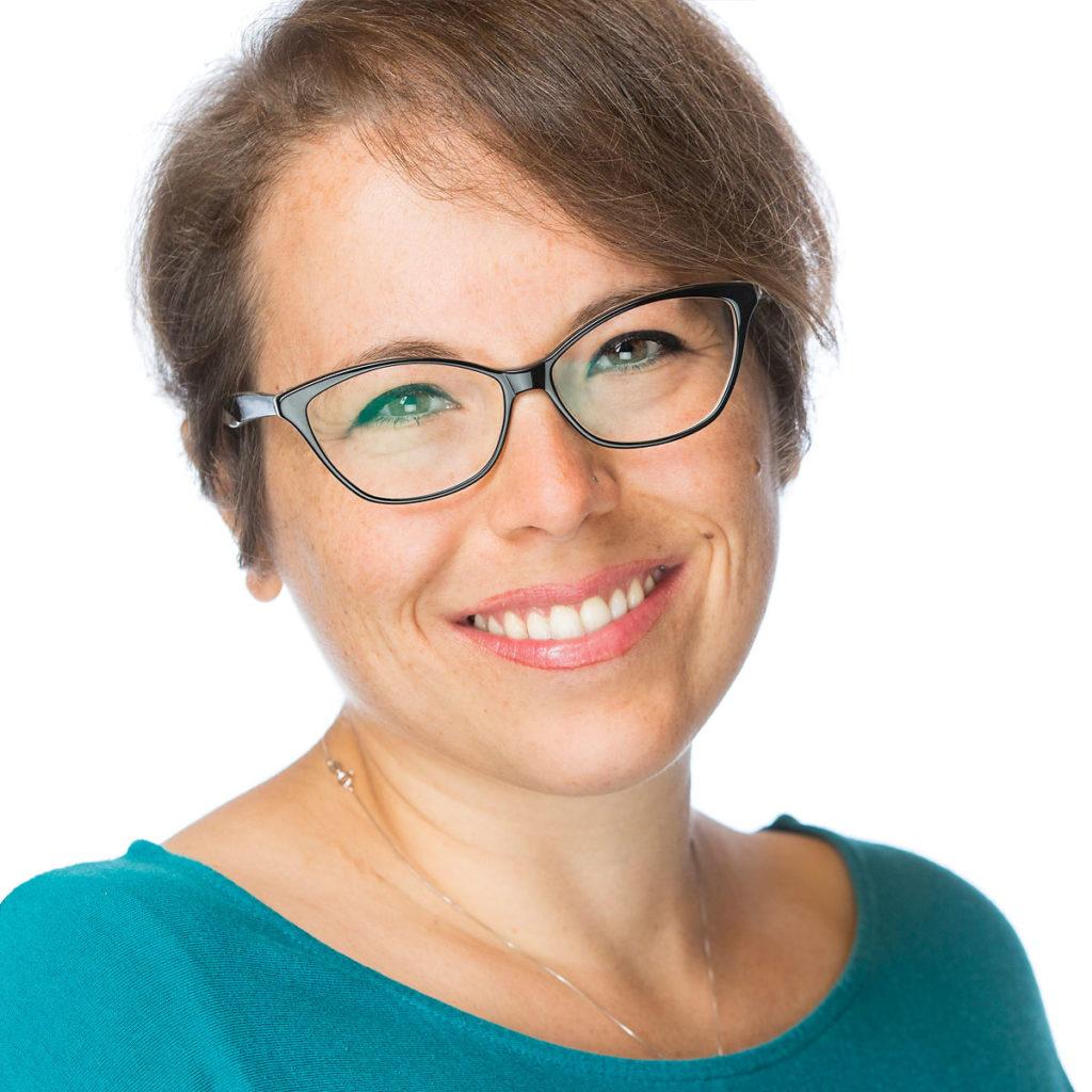 Cristina Pisacane è esperta di Coaching mentale e Life Coach presso Ekis: se stai cercando una life coach sei nel posto giusto per scoprire come migliorare la concentrazione.