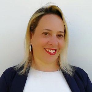 Elena Giorgi è consulente della formazione presso Ekis: la prima scuola di coaching ita liana. Come diventare coach sportivo, life coach, business coach e mental coach. Come migliorare la concentrazione.